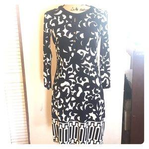 Beautiful Donna Morgan Navy & White Dress